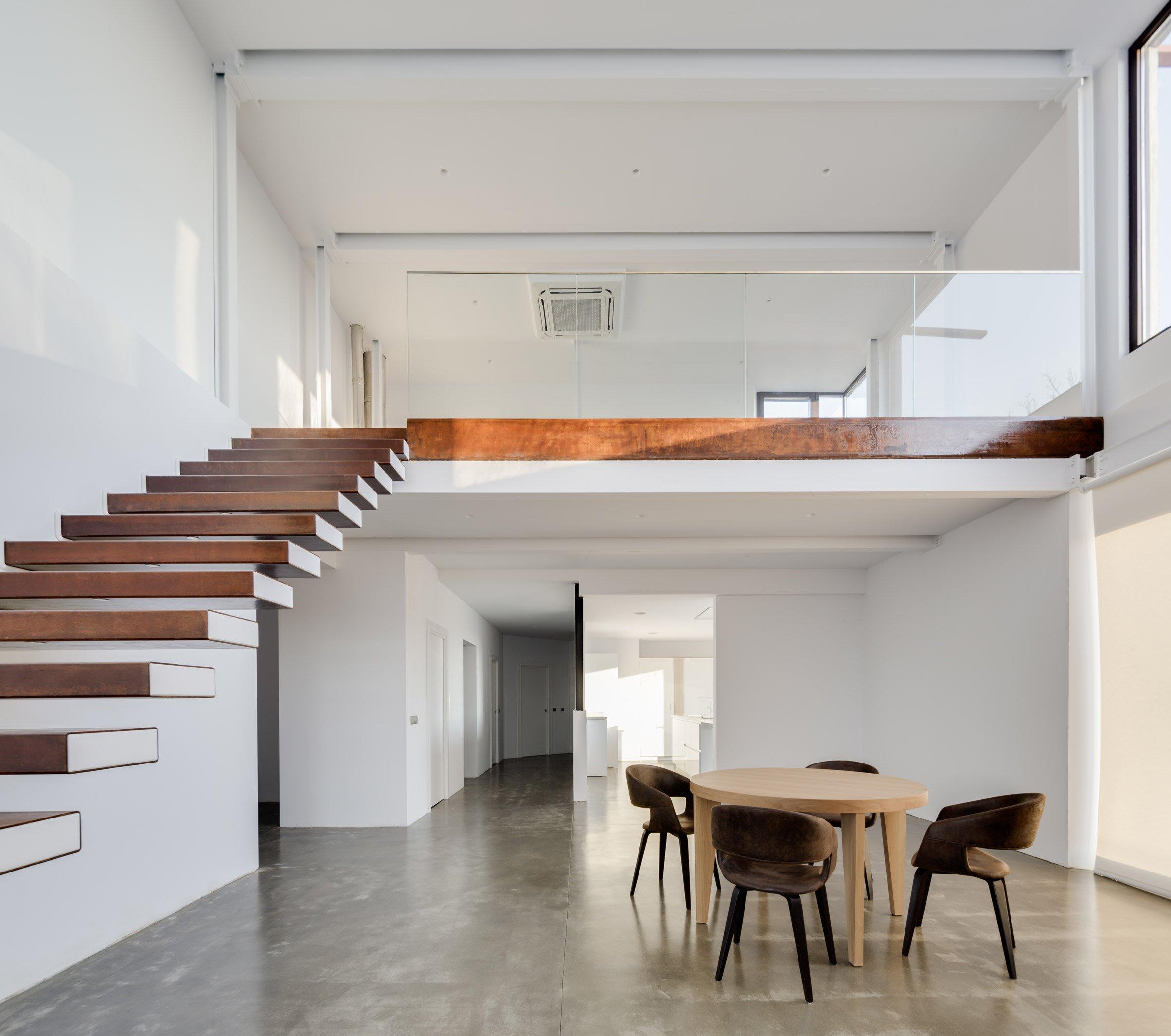 Метални стълби - гранит 5