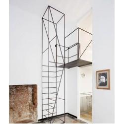 Метални стълби по италиански