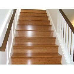 Недостатъци на дървените стълби
