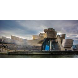 Музеят Гугенхайн – величествената конструкция