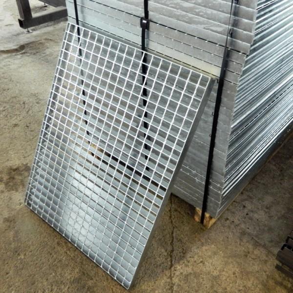 Поцинкована решетъчна скара (гидерос) 900 х 1000 мм от Metalen.bg