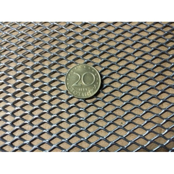 Валцована поцинкована просечена ламарина - 10х5 мм